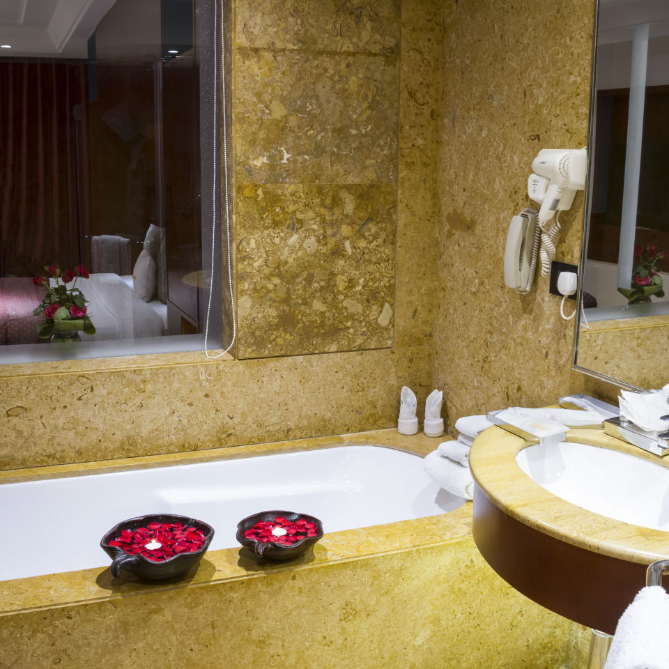 Suites Near Bani Park , Hotel Zone By The Park , Suites In Jaipur 2