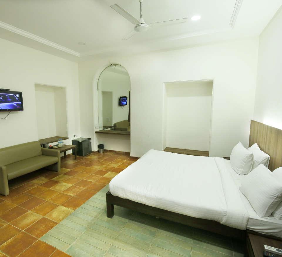 Vintage Rooms Zara s Resort Khandala Lonavla Resort Packages 18