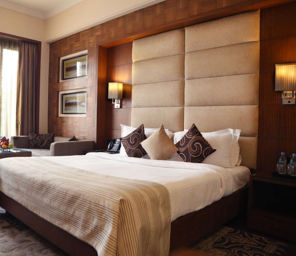 Premium Rooms at The Bristol Hotel Gurgaon, Rooms Near Sikanderpur Metro Station 1