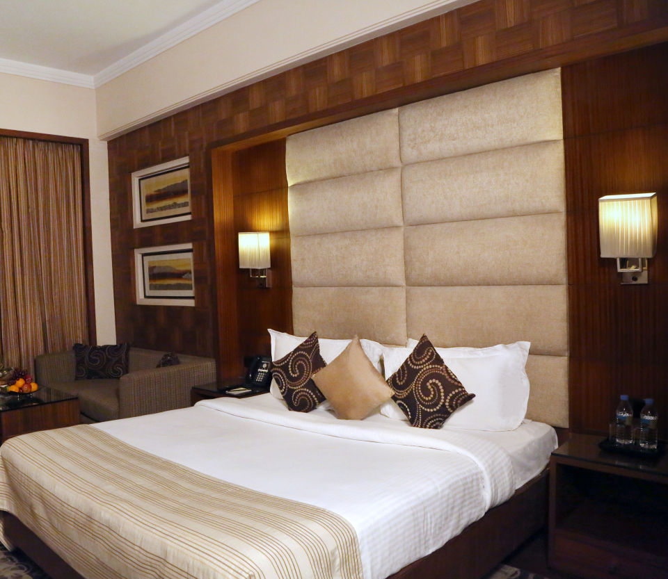 Premium Rooms at The Bristol Hotel Gurgaon, Rooms Near Sikanderpur Metro Station 5