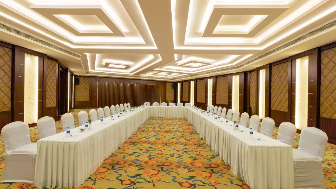 Jenneys jade 0068-Pano, Avinashi Road Hotels, Coimbatore Hotels, Banquet Halls in Coimbatore