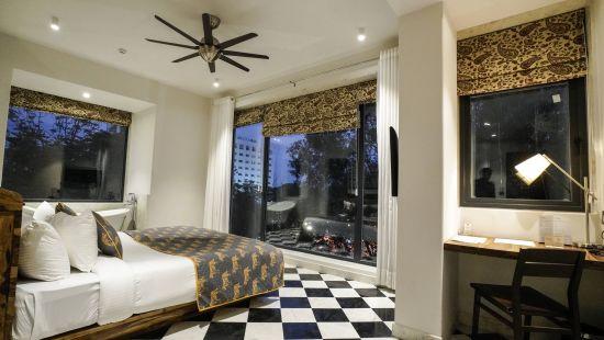 room no. 5 1