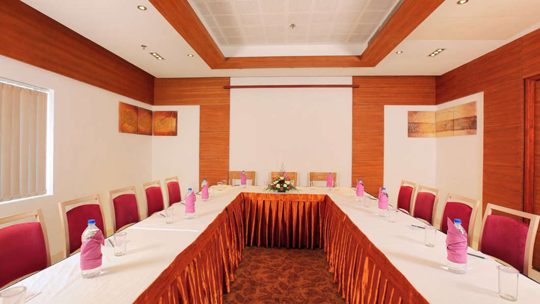 Pacific Biverah Board Room Biverah Hotel Suites Trivandrum Thiruvanthapuram
