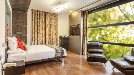 Mango Classic Rooms 3, Mango Hotels Purple Brigade, Rooms in Bangalore