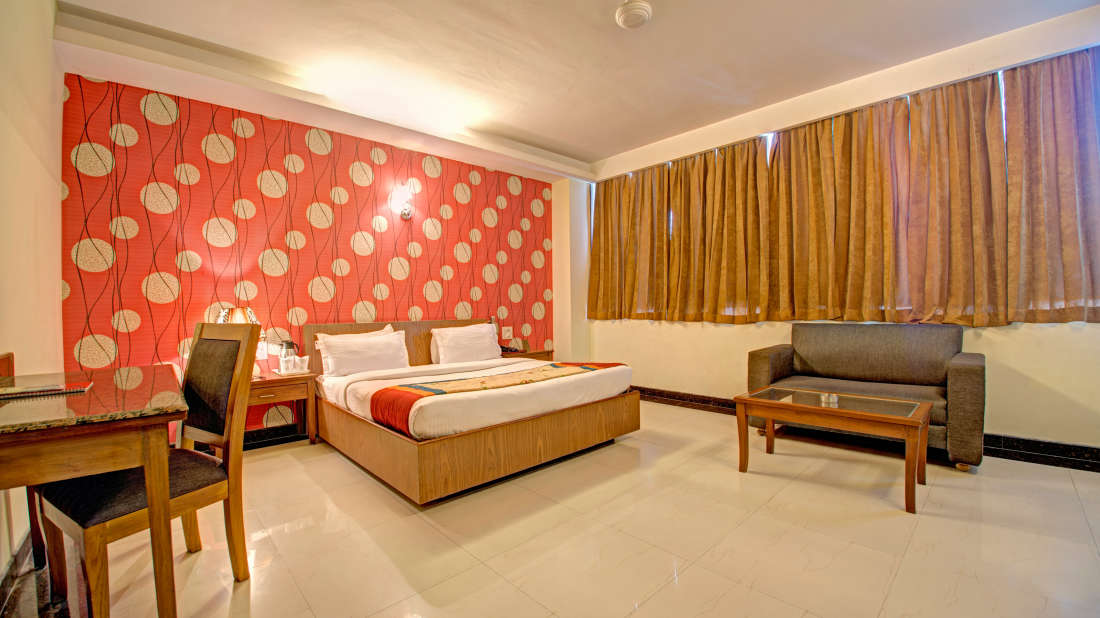 Deluxe Room at Hotel PR Residency Amritsar - Hotels in Amritsar