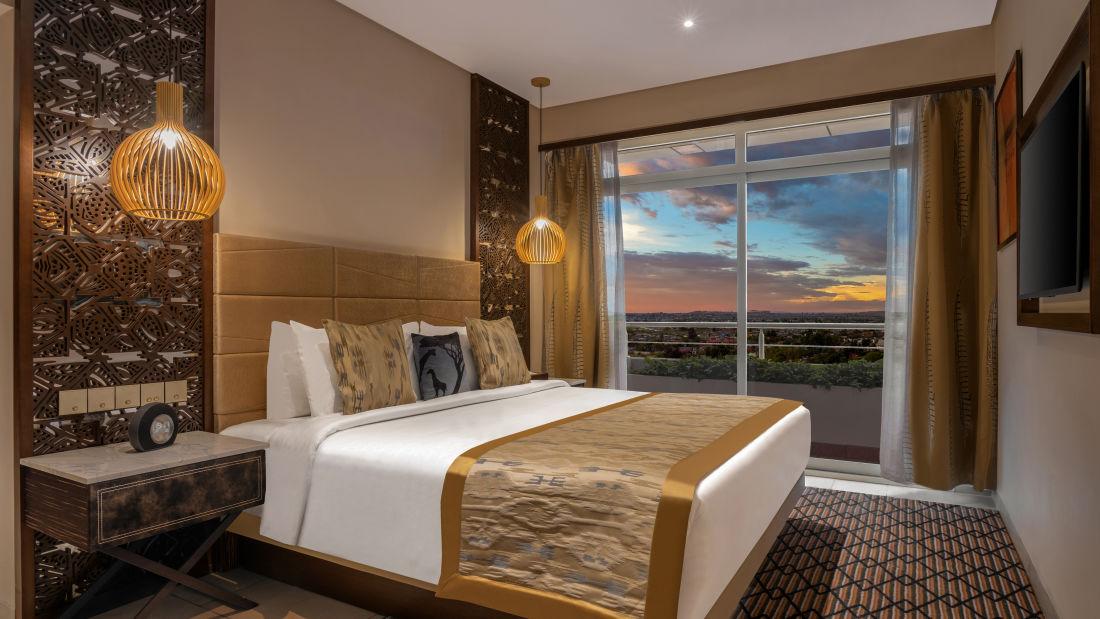 Deluxe Suite - Bedroom by night