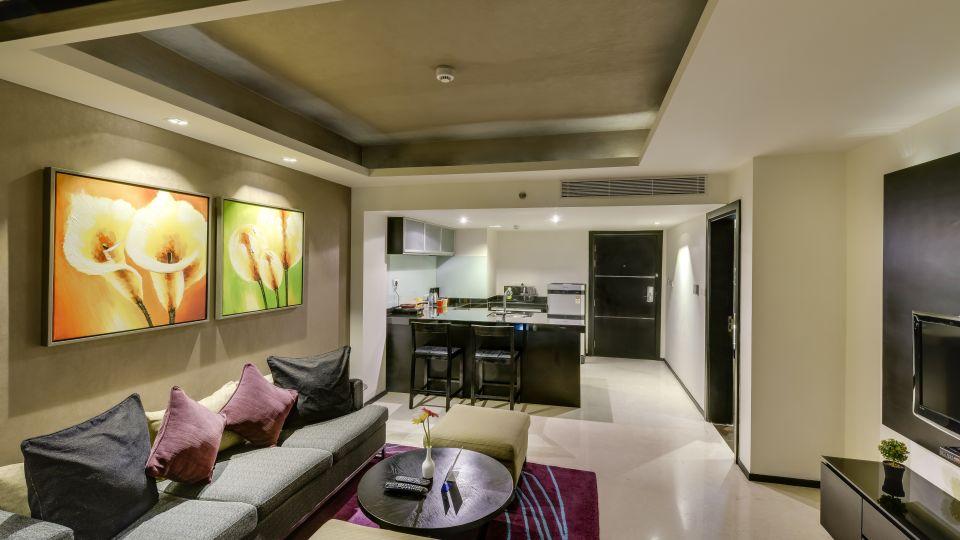 Davanam Sarovar Portico Suites, Bangalore Bangalore Deluxe Suite - Living Hotel Davanam Sarovar Portico Suites Madiwala Bangalore