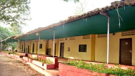 Dormitory Exterior - Durshet