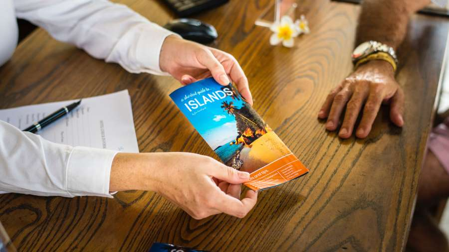 adult-booking-brochure-1537003
