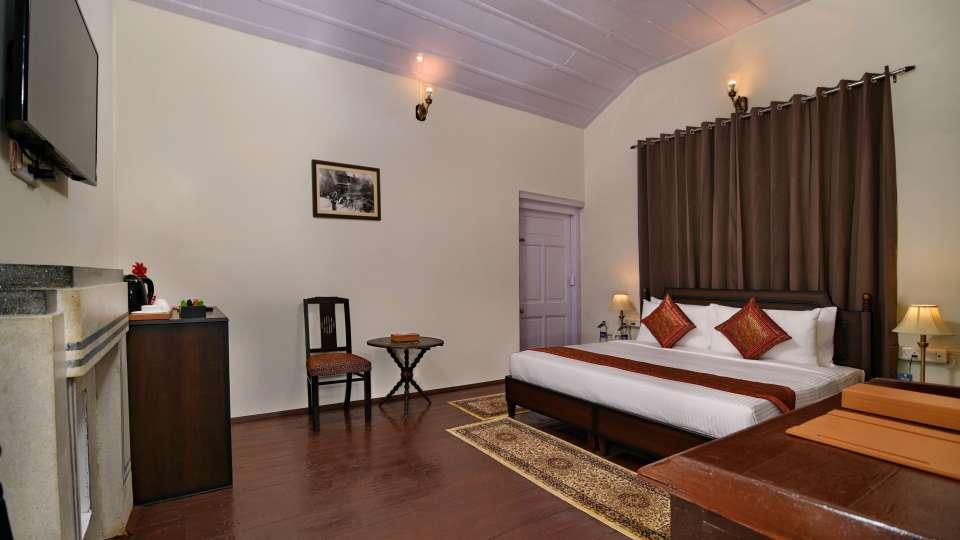 Classic Room, Brijvilla, Dalhousie, Room in Dalhousie 4