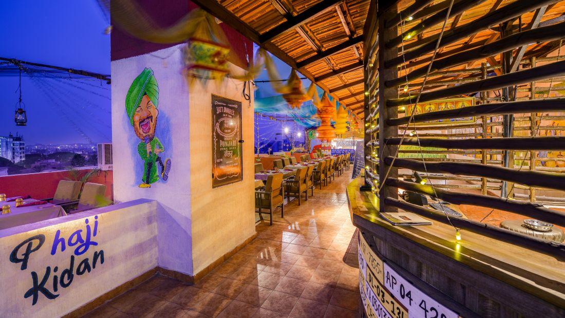 Puran Da Dhaba - Roof Top Restaurant