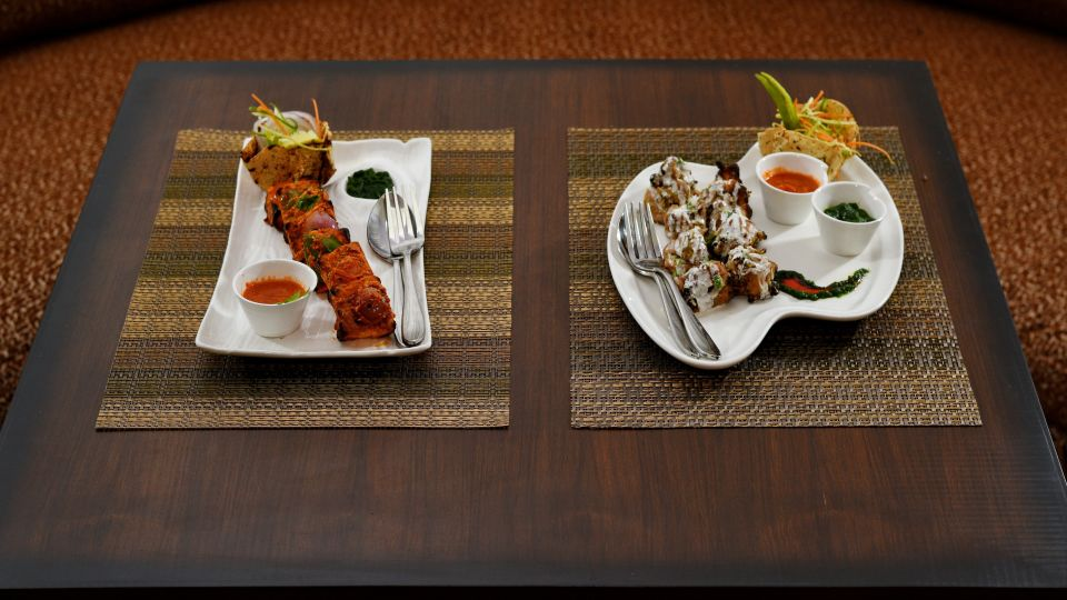 Cedar Restaurant, Brijvilla, Dalhousie Hotel 10