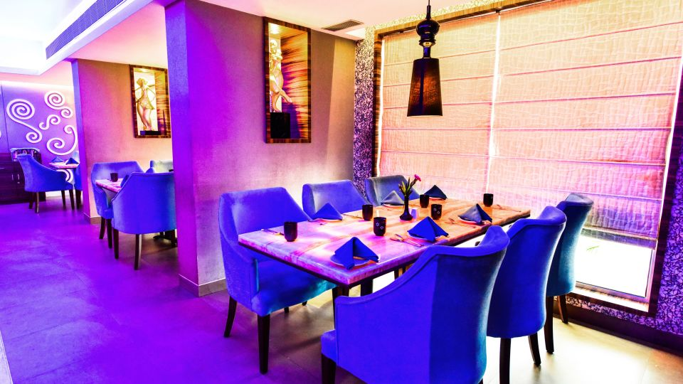 Aqua Restaurant 5