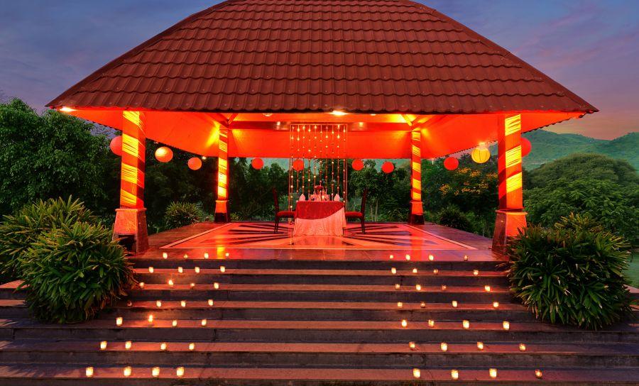 alt-text candle-light-set-up-jaimaal 31704427421 o