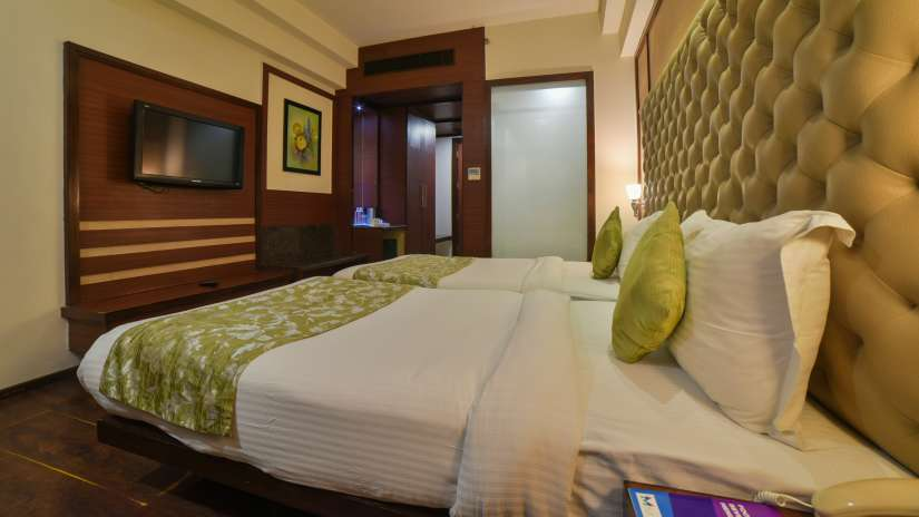 Rooms in Nehru Place, Nehru Place Rooms, Hotel Mint Oodles