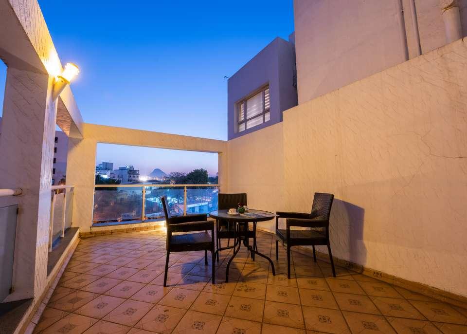 Ren Hotel Jan 19-208
