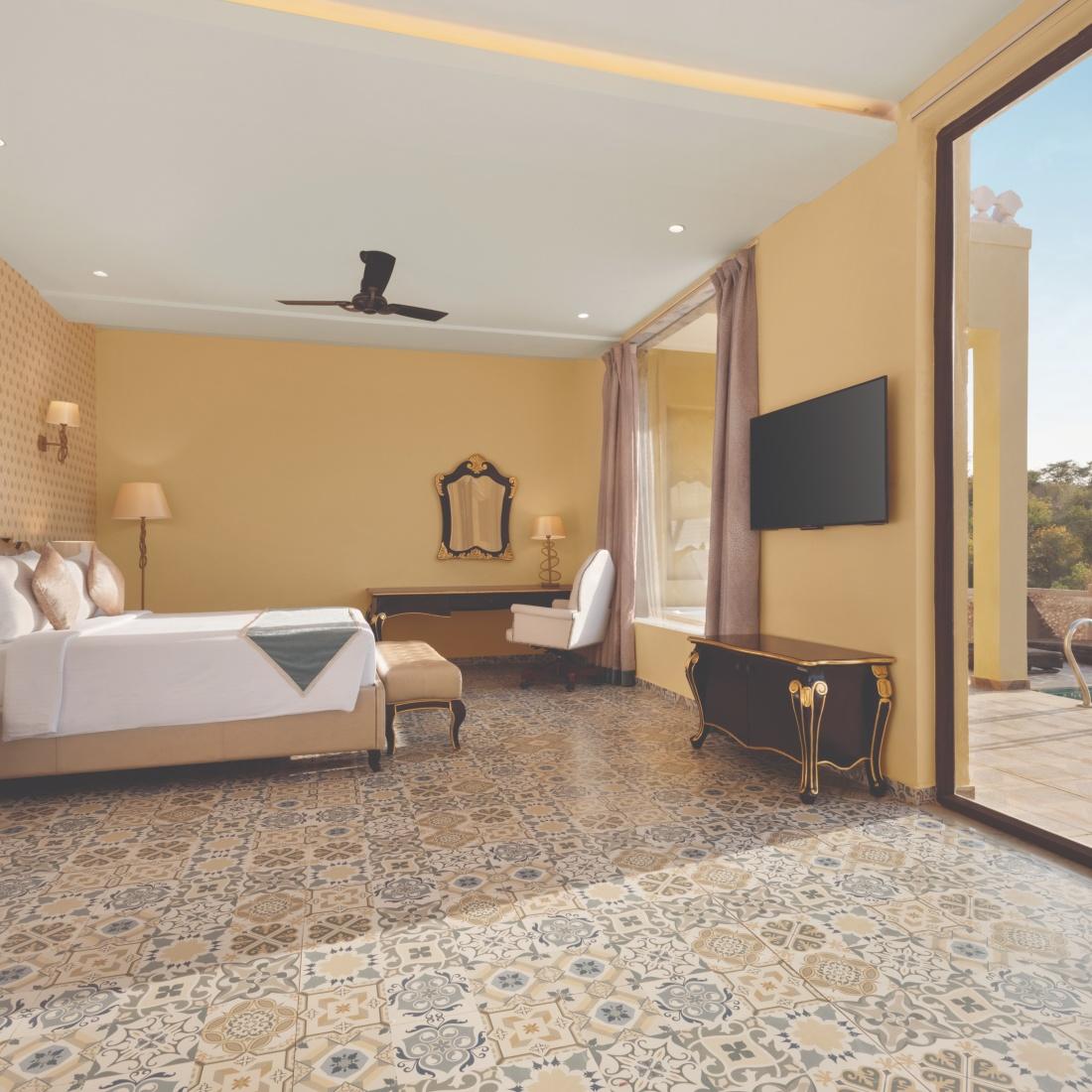 King room at Raajsa Resort Kumbhalgarh