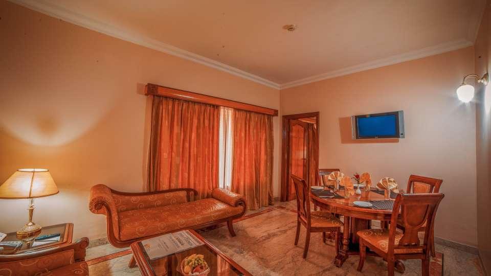 Raj Park Hotel - Chennai Chennai Suite Raj Park Hotel Alwarpet Chennai 3