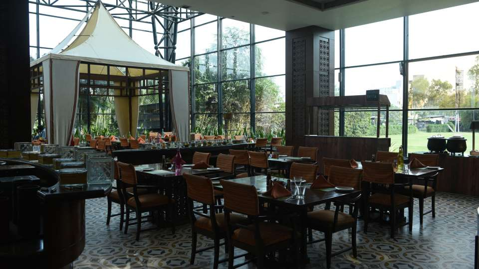 Boulevard Restaurant The Orchid Hotel Pune 3