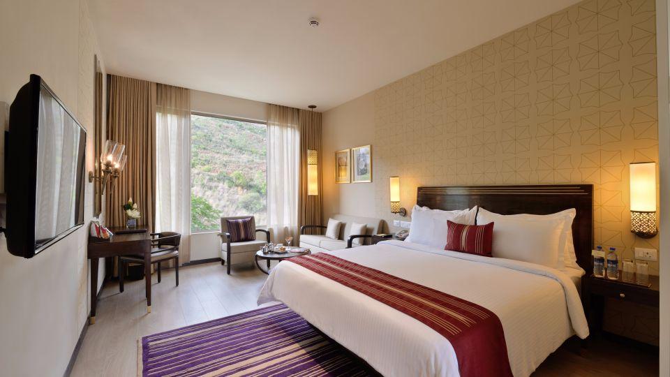 Deluxe Rooms, Marasa Sarovar Premiere Tirupati, Hotel Rooms in Tirupati16