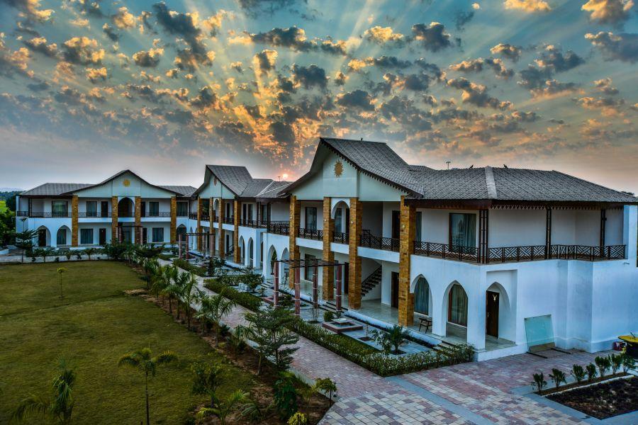 alt-text External View of Clarks Resort Abhyaran