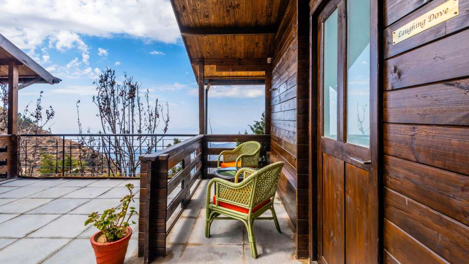 LARISA-Balcony VVR1