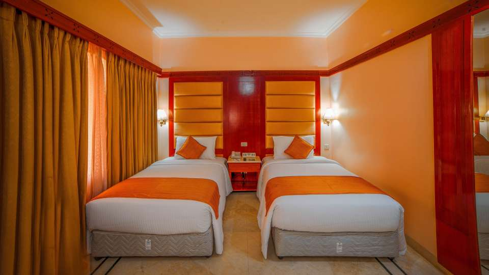 Raj Park Hotel - Chennai Chennai Superior Room Raj Park Hotel Alwarpet Chennai 2