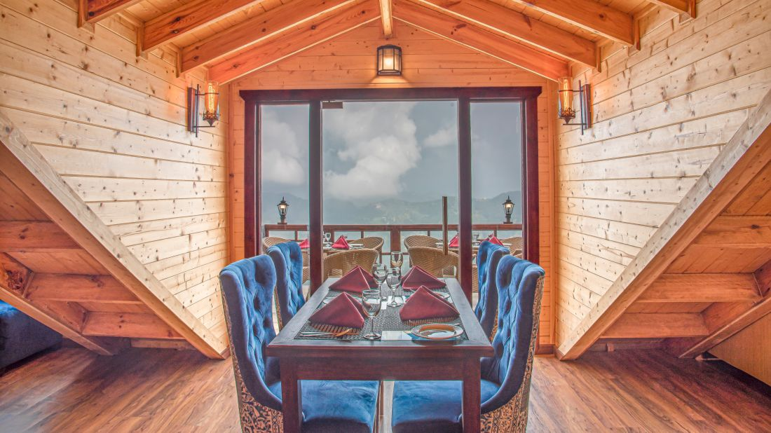 Woodays-Restaurant 1