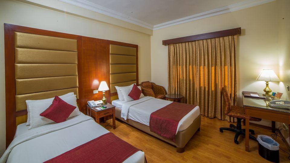 Raj Park Hotel - Chennai Chennai Deluxe Room Raj Park Hotel Alwarpet Chennai 3