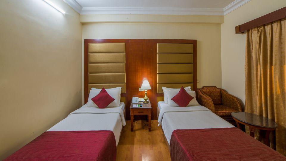 Raj Park Hotel - Chennai Chennai Deluxe Room Raj Park Hotel Alwarpet Chennai 4