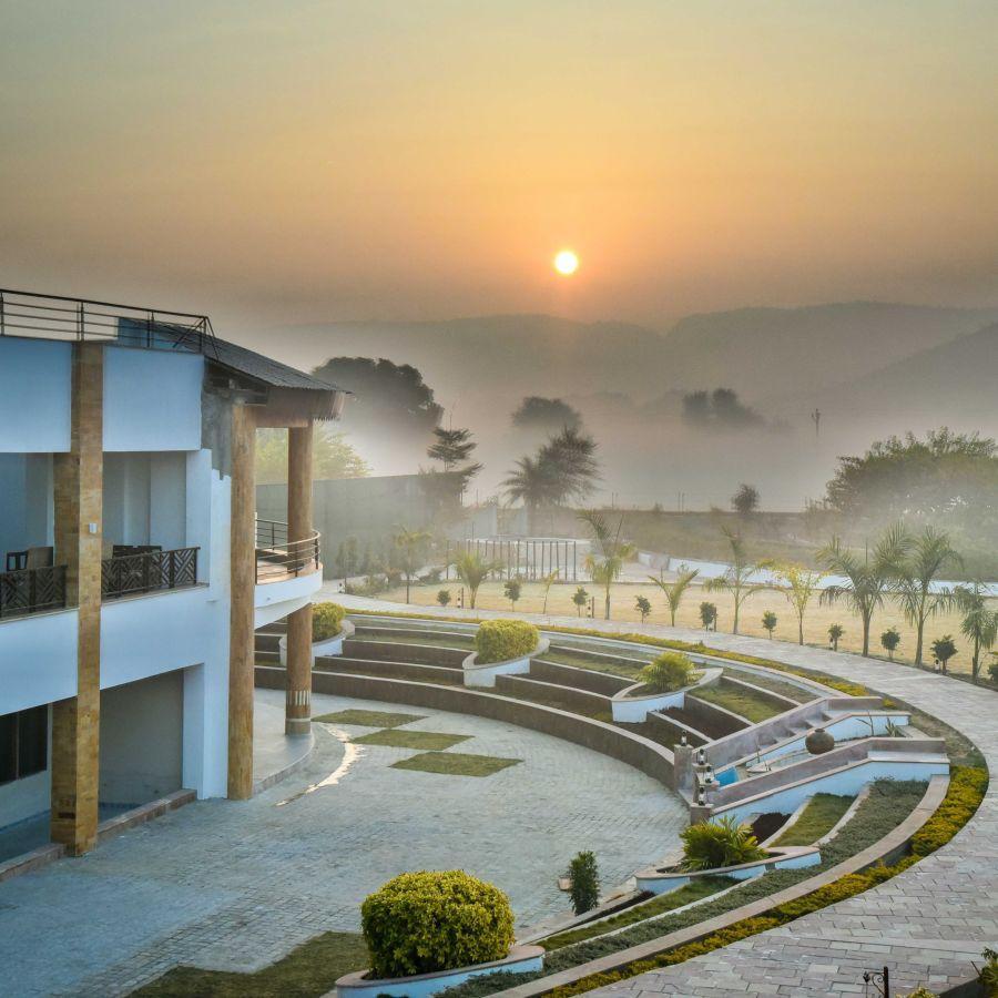 alt-text External View of Clarks Resort Abhyaran 2
