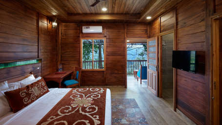 PREMIUM WOODEN COTTAGE