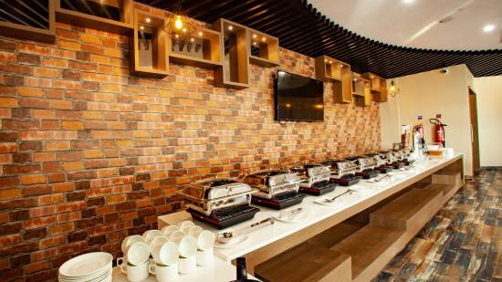 Kalpvrixa Restaurant, Mango Hotels Select Dwarka