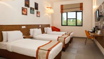Rooms Near Allahabad Railway Station Hotel Polo Max Allahabad