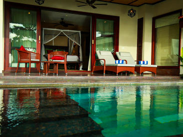 Presidential Villa Pool 1