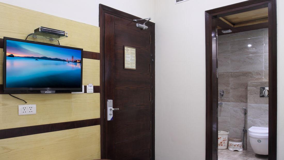 Hotel Hari Piorko - Paharganj, New Delhi New Delhi Executive Room Hari Piorko Paharganj New Delhi 5