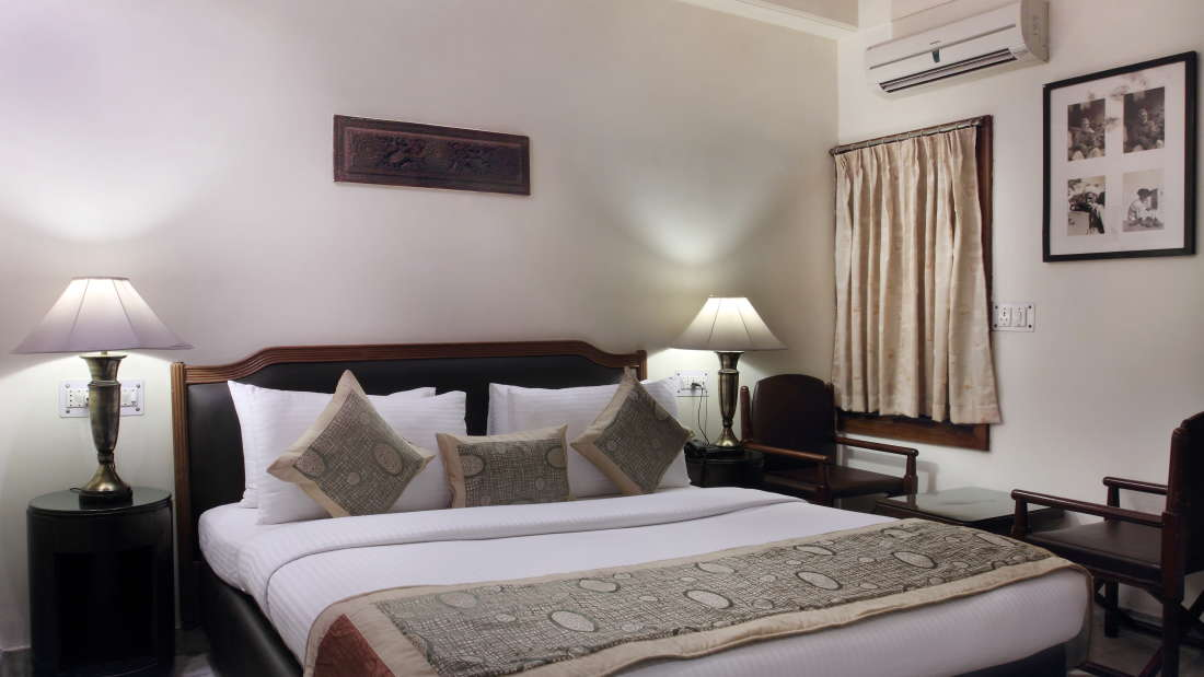 Hotel Hari Piorko - Paharganj, New Delhi New Delhi Deluxe room Hotel Hari Piorko Paharganj New Delhi 2