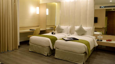 Club Rooms at RBD Sarovar Portico Bangalore, hotels in bangalore 2