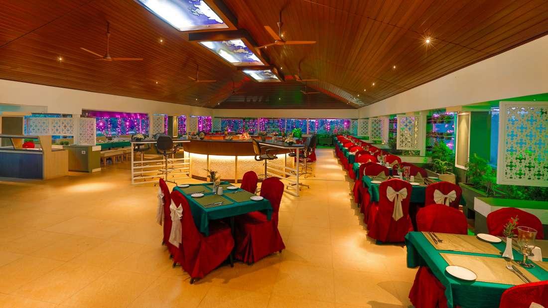 Hotel NM Royale County - Tripunithura, Kochi Kochi Sky Village Restaurant Hotel NM Royale County Tripunithura Kochi