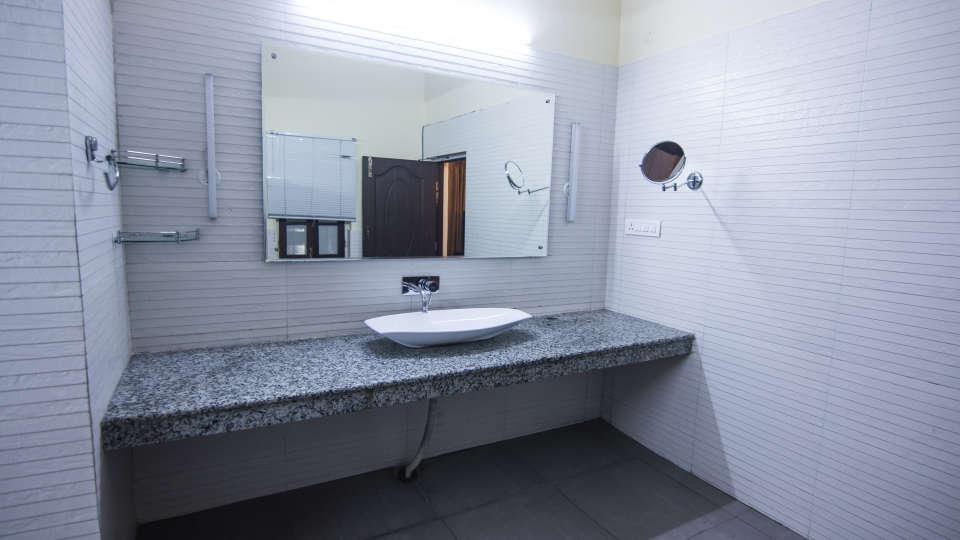 The Pavilion Hotel, Nainital Nainital IMG 0076-2