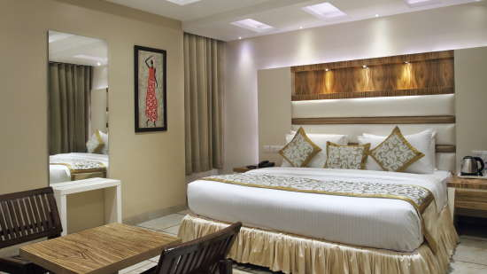 Hotel Hari Piorko - Paharganj, New Delhi New Delhi Executive Room New Wing Hotel Hari Piorko Paharganj New Delhi 4