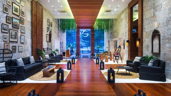 Best Hotels in Montego Bay, S Hotel Jamaica, Lobby 4