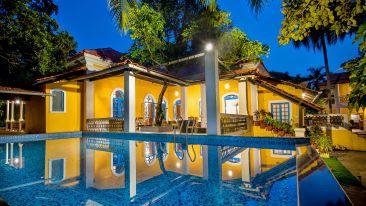Swimming pool| Bara Bungalow, South Goa 46