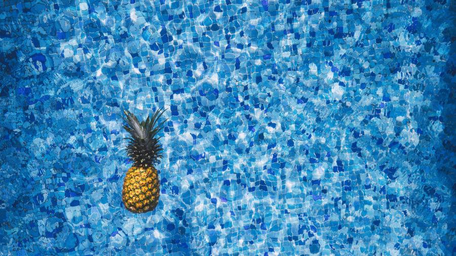 pexels-pineapple-supply-co-137141