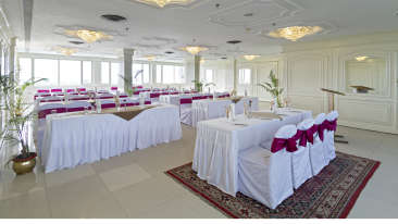 Banquet Hall at Clarks Avadh, hotel near gomti river in Lucknow, hotels in lucknow