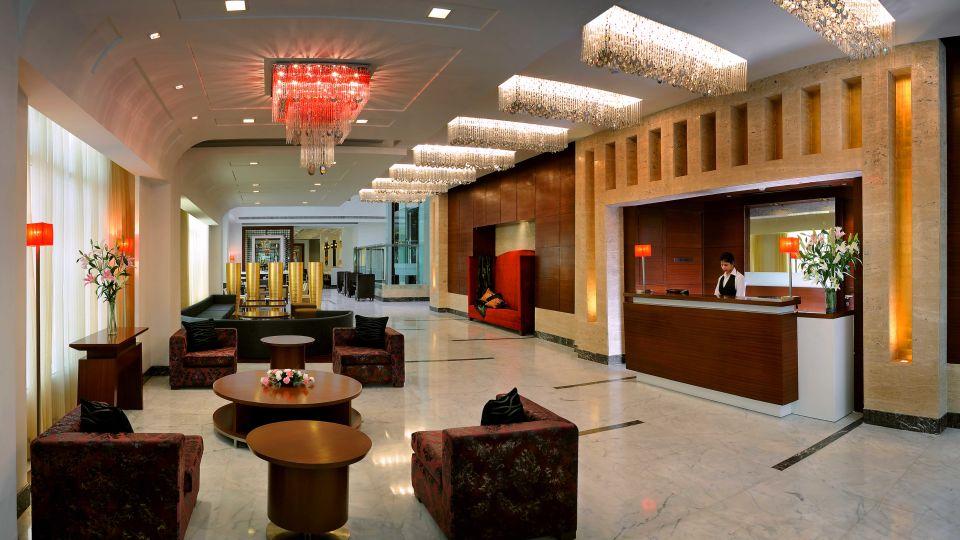 Lobby at  Park Inn, Gurgaon - A Carlson Brand Managed by Sarovar Hotels, gurgaon hotels 10