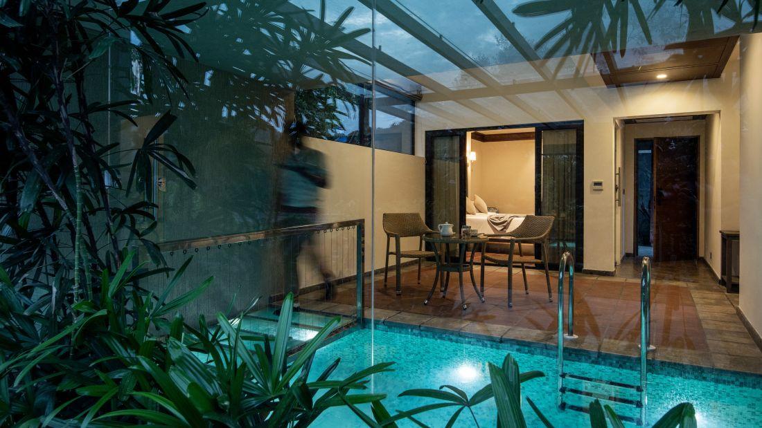 Luxury Private Pool 2