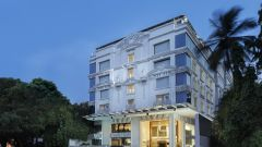 Facade-La Marvella A Sarovar Premiere Hotel Bangalore 1