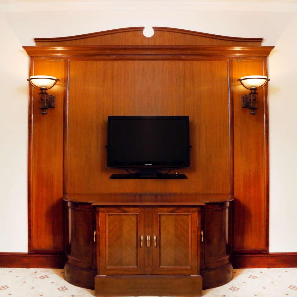 Business Suite, The Bristol Hotel Gurgaon, 5-star Hotel In Gurgaon 7755