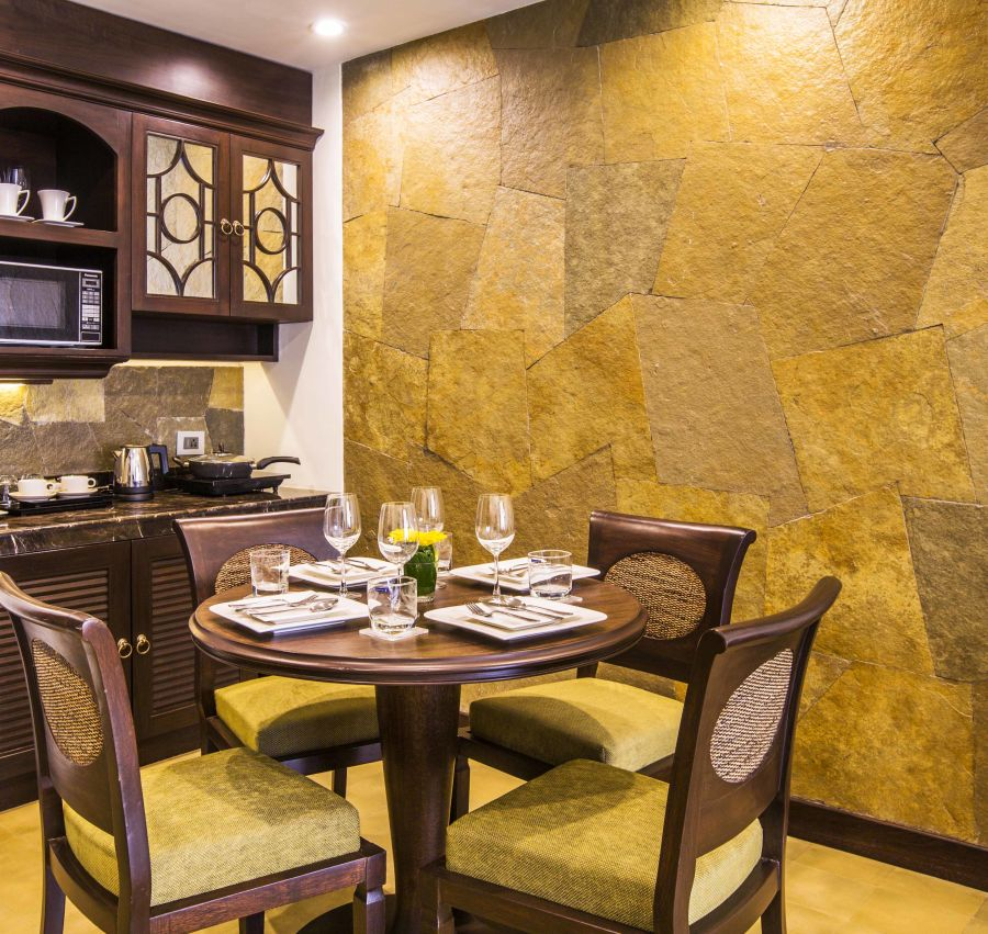alt-text 4 Banyan Family Suite Dining Area